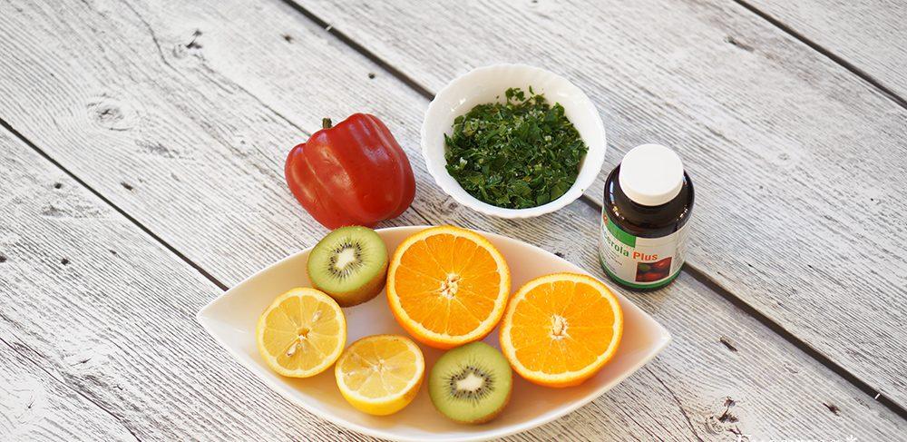 Antyoksydanty-witamina C (owoce, papryka, natka pietruszki, suplementy diety)